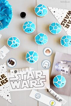 Star Wars Cupcakes - These R2-D2 treats are easy to make and make for great desserts at a themed birthday party!