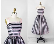 vintage 1950s 50s dress // Black and Pink Striped Satin Tim Burton Circus Party Dress Idé til topp??