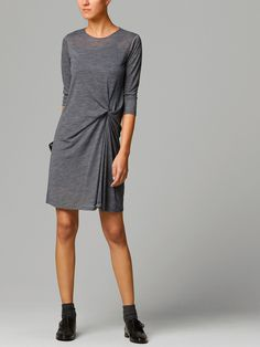 DRESS WITH KNOT DETAIL