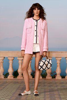 Chanel Resort, Chanel Cruise, Boutique Haute Couture, Style Couture, Haute Couture Fashion, Couture Details, Fashion Week, Fashion 2020, Runway Fashion