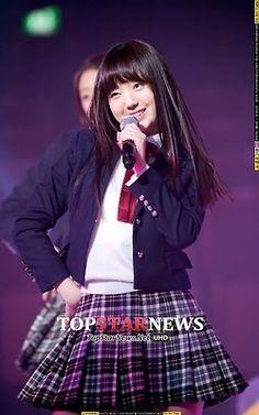 Lovelyz Kei South Korean Girls, Korean Girl Groups, Lovelyz Kei, Woollim Entertainment, Gorgeous Men, Cute Girls, Kpop, Women, Fashion