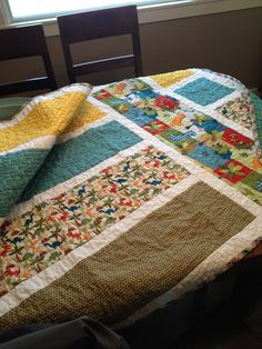 For Holly's Boy ~ Dinosaur Quilt Patchwork Quilting, Quilting Ideas, Boy Quilts, Dinosaurs, Baby Boys, Dragons, Art Ideas, Blanket, Sewing