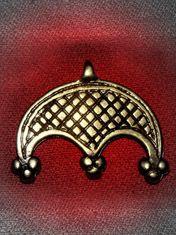 Slavic (Polish) Ancient women's bird tribe amulet, modern day calls it Lunula or Lunitsa via walhalla.com.pl