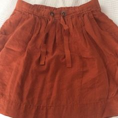 Linen skirt Cute & classic linen skirt from J Crew in rust color. Pairs great with sandals & scarves. J. Crew Skirts A-Line or Full