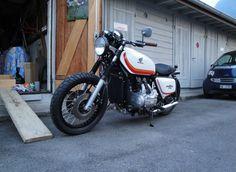http://www.streetbikerider.us/Pics14/1976-Honda-Goldwing-90178.jpg