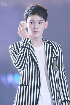 150815 CHEN cr.high tension