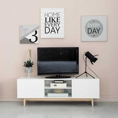1000 ideas about tv lowboard on pinterest tv kommode. Black Bedroom Furniture Sets. Home Design Ideas