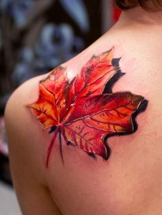 Realistic leaf tattoo- Not that I want a tat... but, this artist does BEAUTIFUL work.  What tallent!