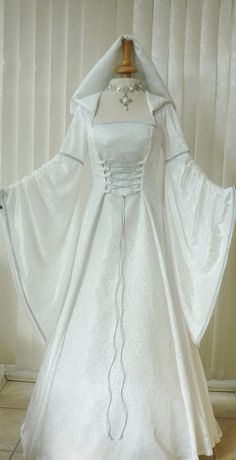 Medieval Pagan Renaissance Ivory Cream & Silver Hooded Wedding, Medieval Dresses and Gowns for Weddings, Handfasting Ceremonies and other Special Occasions Medieval Gown, Medieval Clothing, Gothic Clothing, Vintage Dresses, Vintage Outfits, Celtic Wedding, Gothic Wedding, Geek Wedding, Wiccan Wedding