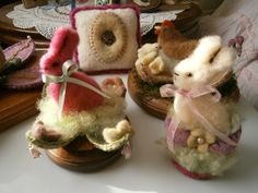 Easter bunnies hen and chicks   Felted wool Easter critters!