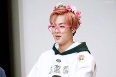 bts , kim seokjin , flower crown , glasses