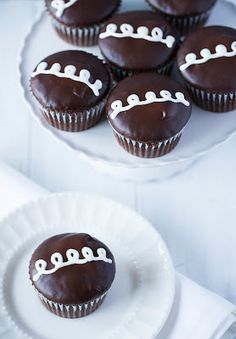 Hostess Cupcakes  choclate cupcake baked and cooled  Filling:   1 cup marshmallow creme   ¼ cup unsalted butter, at room temperature   ½ cup powdered sugar