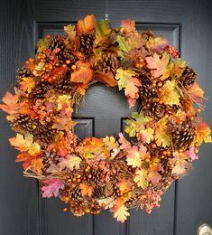 DIY Fall Wreath Roundup 30 DIY fall wreaths –this one is the Fall foliage wreath from Crafty Sisters Diy Fall Wreath, Autumn Wreaths, Fall Diy, Wreath Ideas, Spring Wreaths, Summer Wreath, Holiday Wreaths, Fall Garland, Fall Entryway