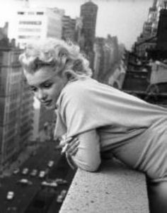 Marilyn Monroe in NYC - my fave foto of her as she looks so pensive and at peace...
