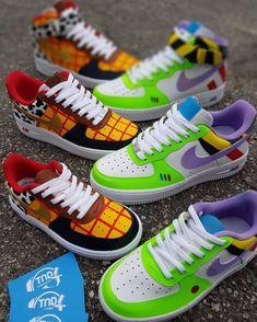 Jordan Shoes Girls, Girls Shoes, Nike Shoes Air Force, White Nike Shoes, Swag Shoes, Disney Shoes, Aesthetic Shoes, Fresh Shoes, Hype Shoes