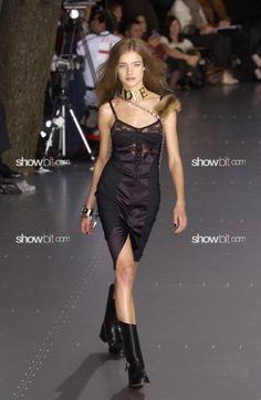Natalia Vodianova at Dolce & Gabbana SS/2003