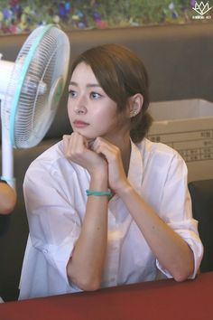 Pretty Korean Girls, Cute Asian Girls, Nara, Kpop Girl Groups, Korean Girl Groups, Kpop Girls, Korean Actresses, Korean Actors, Korean Beauty