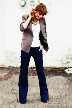 smart- vintage tee blazer, jeans and some little gold accessories