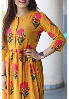 Pink block maxi dress is part of Yellow maxi dress - Kurta Designs Women, Salwar Designs, Kurti Designs Party Wear, Blouse Designs, Feeding Dresses, Couture, My Princess, Yellow Maxi Dress, Mode Hijab