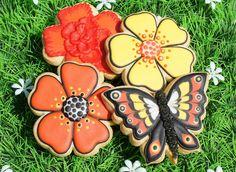 Flower & butterfly cookies, via Flickr.