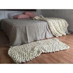 Knitted rug and Nantucket throw made with Loopy Mango Big Loop yarn available on loopymango.com