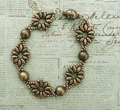 Linda's Crafty Inspirations: Bracelet of the Day: SuperDuo Flower Chain - Metallic Leather