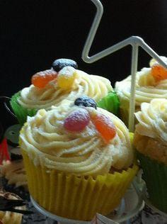 Party cakes - Mary Berry recipe