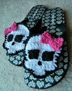 Crochet Skull / Skullette Flip Flop Applique - Etsy $14.00