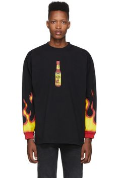 Vetements Oversized Printed Cotton-jersey T-shirt In Black High Fashion, Mens Fashion, Streetwear Fashion, Printed Cotton, Long Sleeve Tees, Street Wear, Hot Sauce, Mens Tops, T Shirt