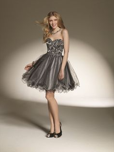 I might get a grey dress for banquet :)