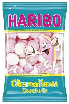 Haribo Chamallows Cocoballs – refreshing Caribbean delight at home! These spherical marshmallow candy balls guarantee for a unique taste experience with their coating of fine shredded coconut and takes you directly into the South Sea...