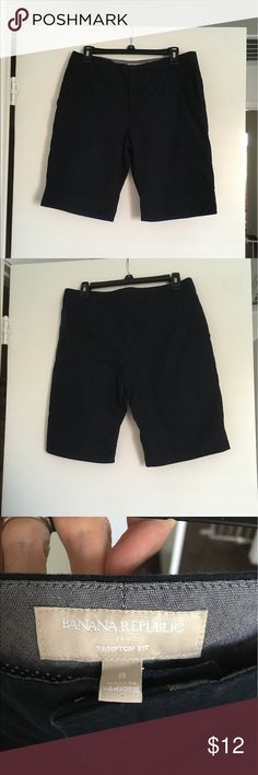 Banana Republic navy Bermuda shorts Hamilton fit. Professionally lengthened. Banana Republic Shorts Bermudas