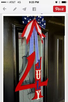 60 Amazing July Wreaths For Your Front Door - DigsDigs Fourth Of July Decor, 4th Of July Decorations, 4th Of July Party, July 4th, 4th Of July Wreaths, Spring Wreaths, Patriotic Crafts, July Crafts, Holiday Crafts