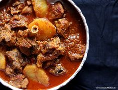 Bengali Mutton Curry or as we lovingly call it Mangshor Jhol is an age-old delicacy where mutton pieces cooked with large sized potato chunks in a spicy, hot Goat Recipes, Veg Recipes, Curry Recipes, Indian Food Recipes, Cooking Recipes, Ethnic Recipes, Cooking Ideas, Chicken Recipes