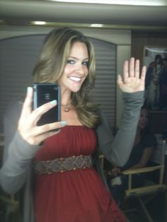 Jill Wagner... Cute outfit!!! :)