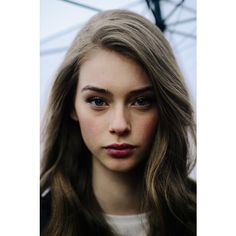 Le 21ème | Lauren de Graaf | Milan ❤ liked on Polyvore featuring pictures, girls, models and backgrounds