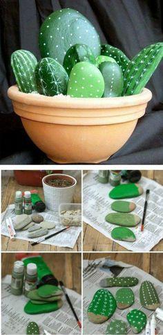 Ako spraviť váš interiér úžasný pomocou obyčajného kameňa - sikovnik.sk Mothers Day Crafts, Crafts For Kids, Diy Crafts, Craft Kids, Fabric Crafts, Stone Cactus, Nautical Painting, Plant Crafts, Mom Day