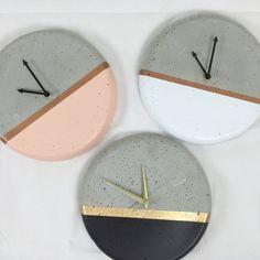 Dipped Concrete Clock- 28cm | Poppet & Button