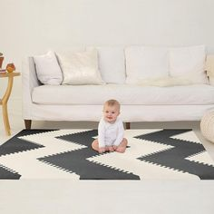 The Skip Hop Playspot Geo Foam Floor Tiles - Black/Cream is stylish baby-safe flooring! Foam Floor Tiles, Foam Flooring, Bathroom Floor Tiles, Tapis Mousse Puzzle, Soft Tiles, Done By Deer, Baby Store, Baby Play, Decoration