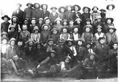 Net 'n kort foto toer van 'n Boer wat krygsgevange geneem is in die Anglo-Boere Oorlog.... Gevang, gehok, ge-trein, geskip, gehok, ge-los, gekry en getreur.  The Anglo Boer War through the eyes of a Boer POW ( Prisoner of War )