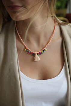 Chiccy Pembe Boncuklu Püsküllü Renkli Boncular Kolye | Trendyol