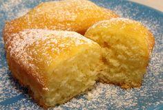 Sweet Recipes, Cake Recipes, Dessert Recipes, Desserts, Mini Tortillas, Plum Cake, Mini Cakes, Cakes And More, Yummy Cakes