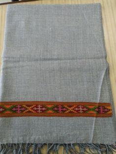 #cashmere #shawl #wraps #nepalmade #pashmina #Nepal #bossbabe #fashion #fashionillustration #2018 #nepalartshop #wholesale
