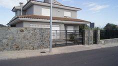 Villa en Alcora en el pantano Maria Cristina 5 dormitorios y 4 baños, garaje doble, piscina http://nazca-alliance.com/es/activo/villa-en-alcora
