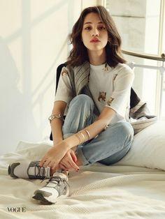 水原希子が見せる秋スタイル…愛らしい少女の姿&美しい女性の魅力、韓国誌グラビアで公開 - ENTERTAINMENT - 韓流・韓国芸能ニュースはKstyle