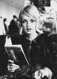 love this oversized bobbi on twiggy