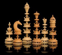 a south german turned selenus fruitwood chess set - PIPicStats Chess Pieces, Game Pieces, Woodworking Crafts, Woodworking Plans, One Night In Bangkok, Chess Strategies, How To Play Chess, Chess Set Unique, Kings Game
