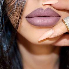 This lip combo is killer Underground lip pencil ✏ + Invasion liquid lipstick shop our sale tab to pick up any pencil & liquid lipstick for $20 #gerardcosmetics @neztheartist
