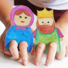 Sunday school ideas. Cardboard Finger Puppets - Super cute and easy to make from old cereal boxes! via The Pink Door Mat