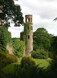 (via Blarney Castle, a photo from Cork, South   TrekEarth)    Blarney, Ireland